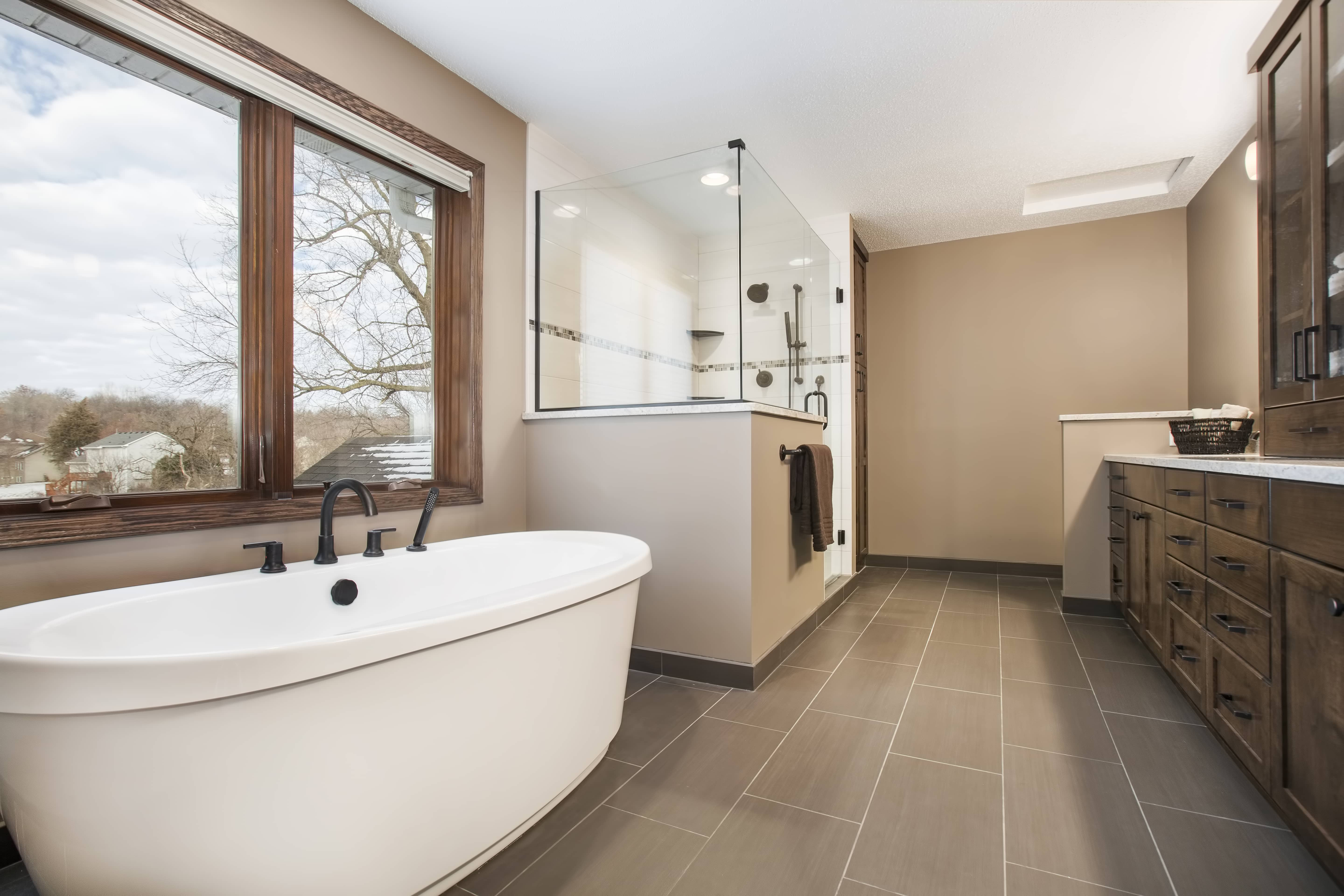 Professional bathroom remodeling services james barton for Professional bathroom renovations